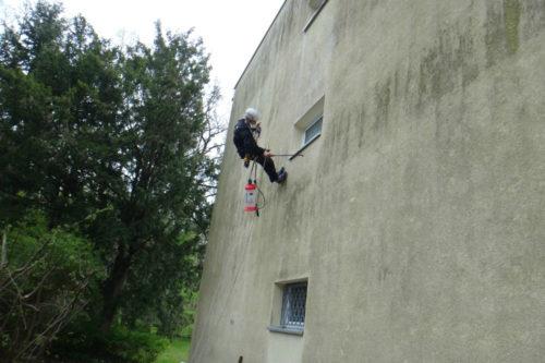 Industrieklettern Fassadenkletterer Reinigung Fassadenreinigung